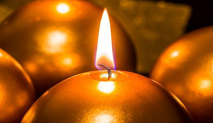 Пятно от свечи - способ удаления
