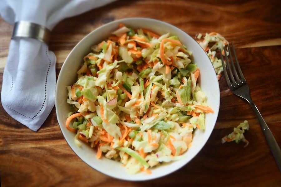 Классический салат из капусты – рецепт приготовления