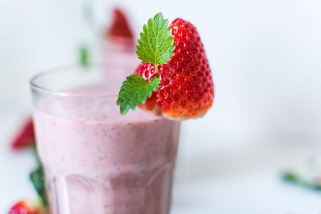 Морозный фруктово-ягодный коктейль - рецепт