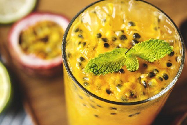 Смузи из манго и маракуйи – рецепт