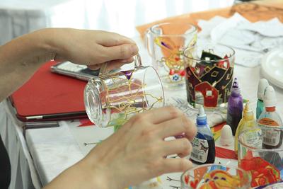 Витражная роспись: Создание витража без опасности порезаться стеклом