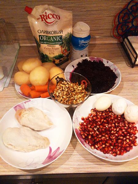 Ингредиенты для салата Гранатовый браслет