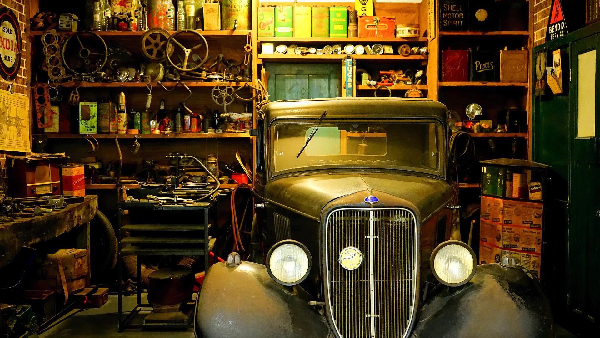 Набор инструментов для ремонта автомобиля