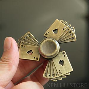 Спиннер с игральными картами - купить - обзор